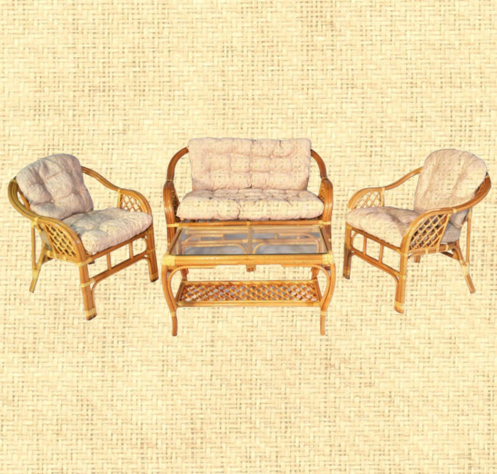 Комплект мебели из ротанга с диваном