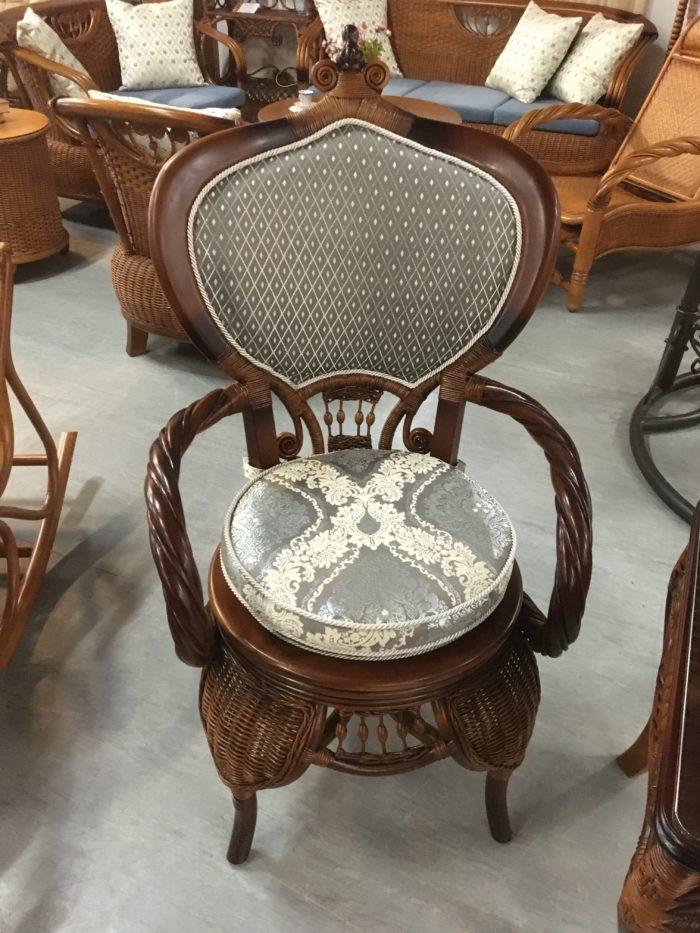 Комплект плетёной мебели из натурального ротанга «Версаль»
